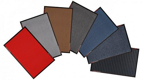Verschillende kleuren schoonloop matten om te testen