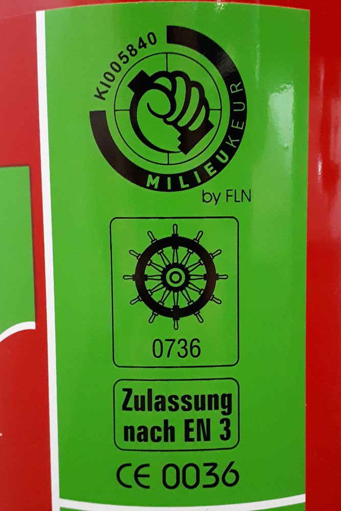 Umweltfreundliche Schaumlöscher - grüne Feuerlöscher