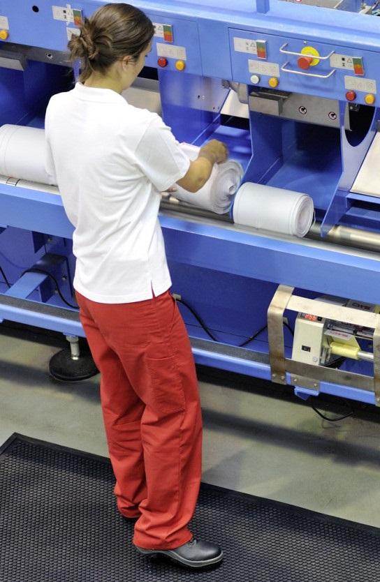 Waschen der CWS Stoffhandtuchrollen in einer CWS Wäscherei