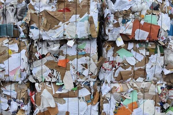 Recyclen papier voor hergebruik