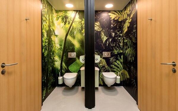 Toilet uitzicht natuur