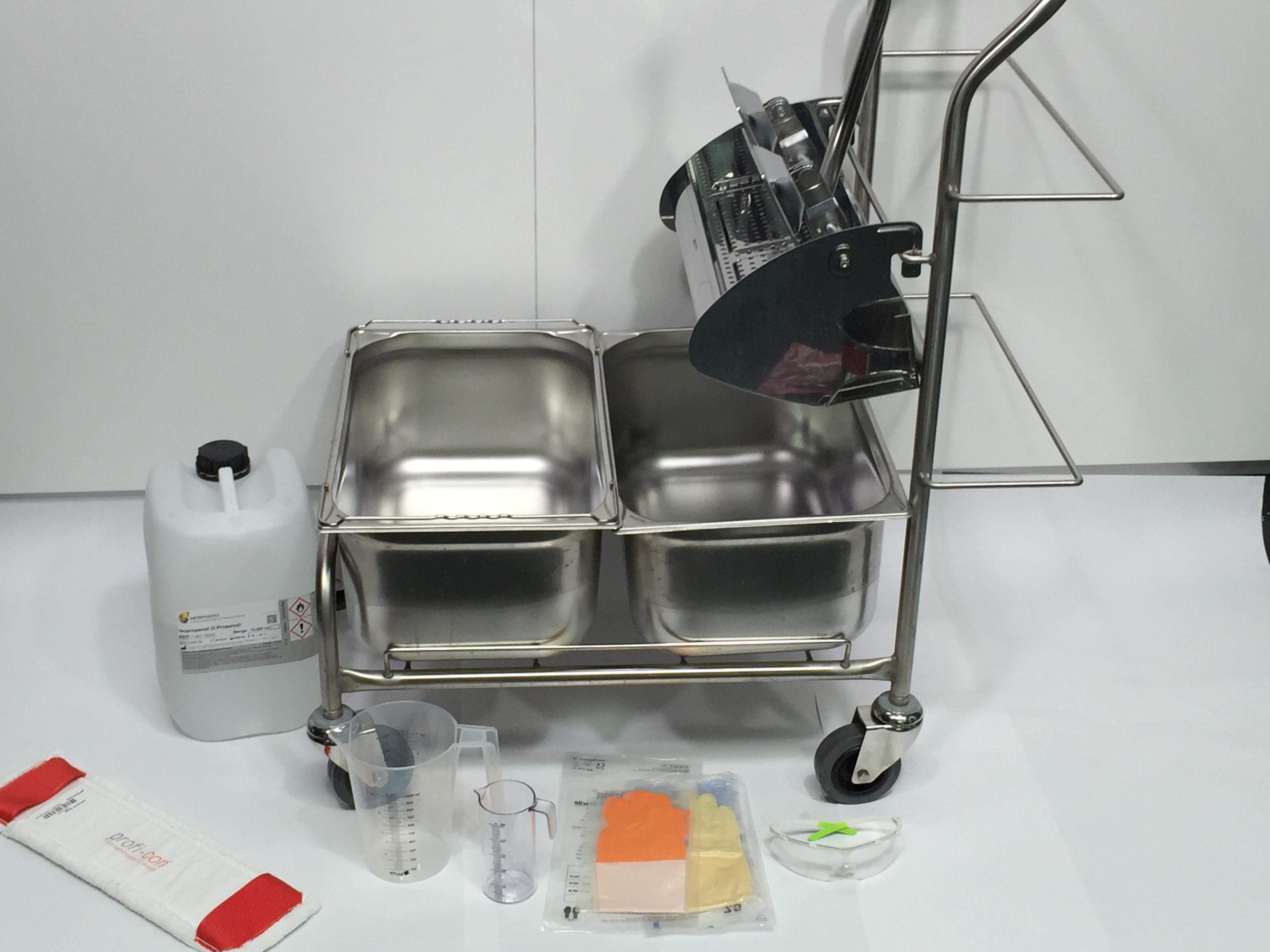 CWS Cleanrooms Reinraumschulung Reinigungswagen