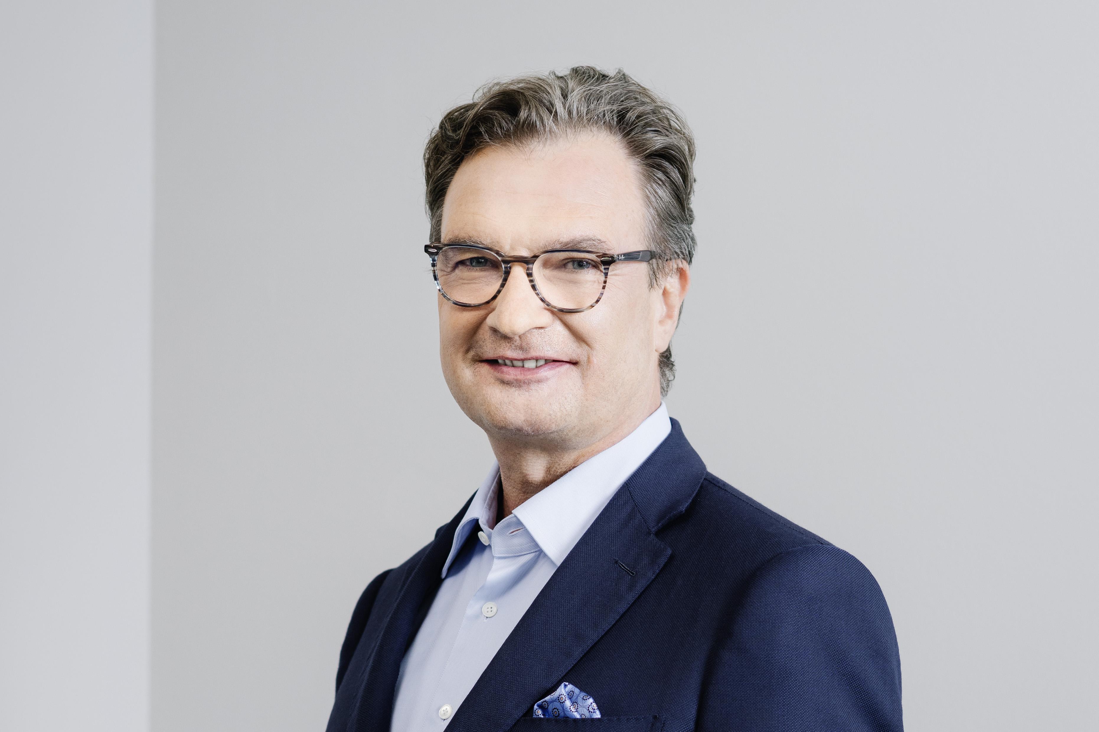 Jürgen Höfling (CEO)