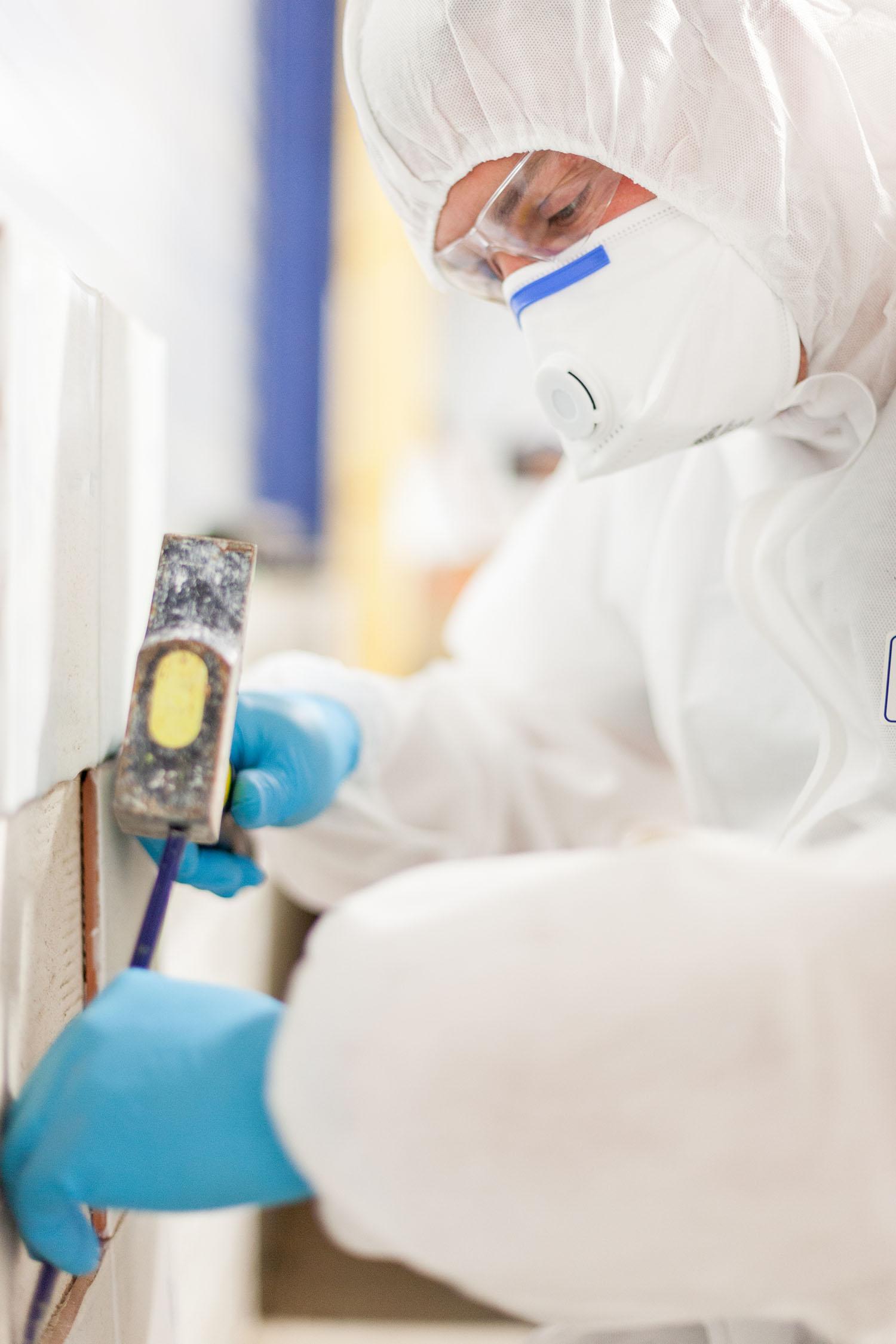 Fachfirma CWS für asbesthaltige, sanierungsbedürftigte Brandschutzklappen