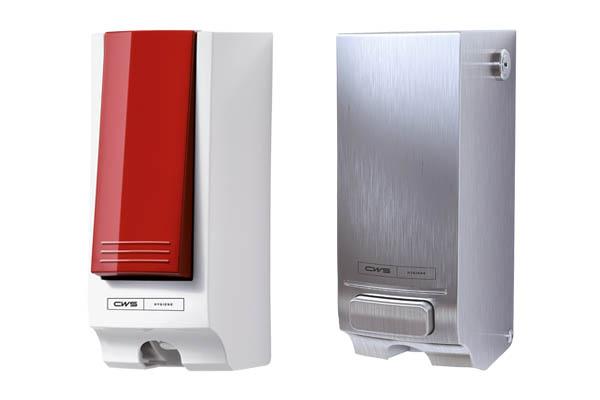 Dispenser geeft vloeistof af om wc-bril schoon te maken (seatcleaner)